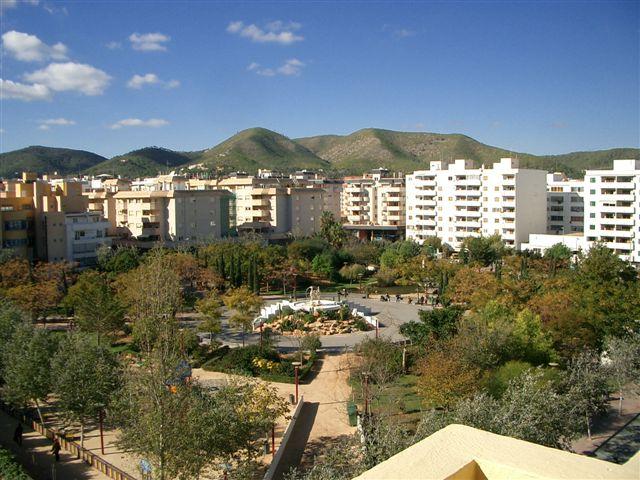 Venta atico con solarium privado en ibiza ciudad 3 for Ciudad jardin ibiza