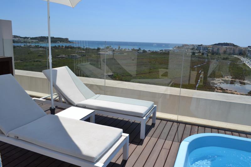Venta talamanca tico duplex con piscina privada vistas for Hotel piscina privada