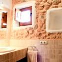 026-bathroom-upstairs