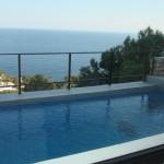 piscina vista mar
