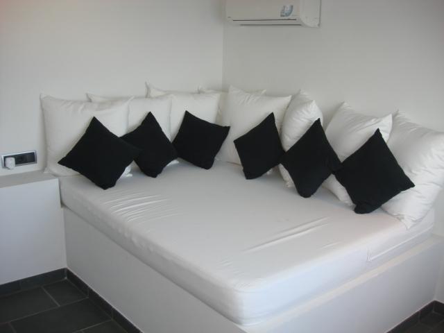 4º dormitorio junto piscina