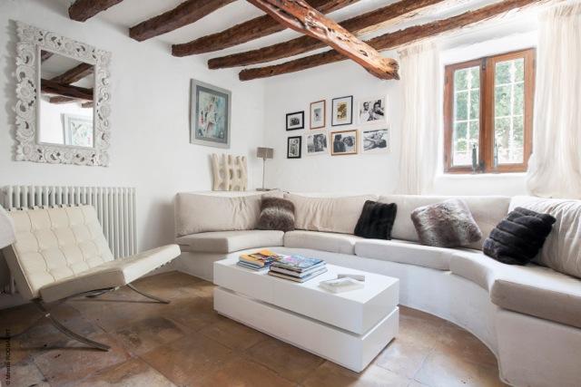 thumbnail_Living suite