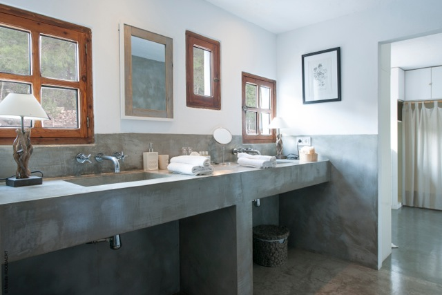 thumbnail_Master bathroom